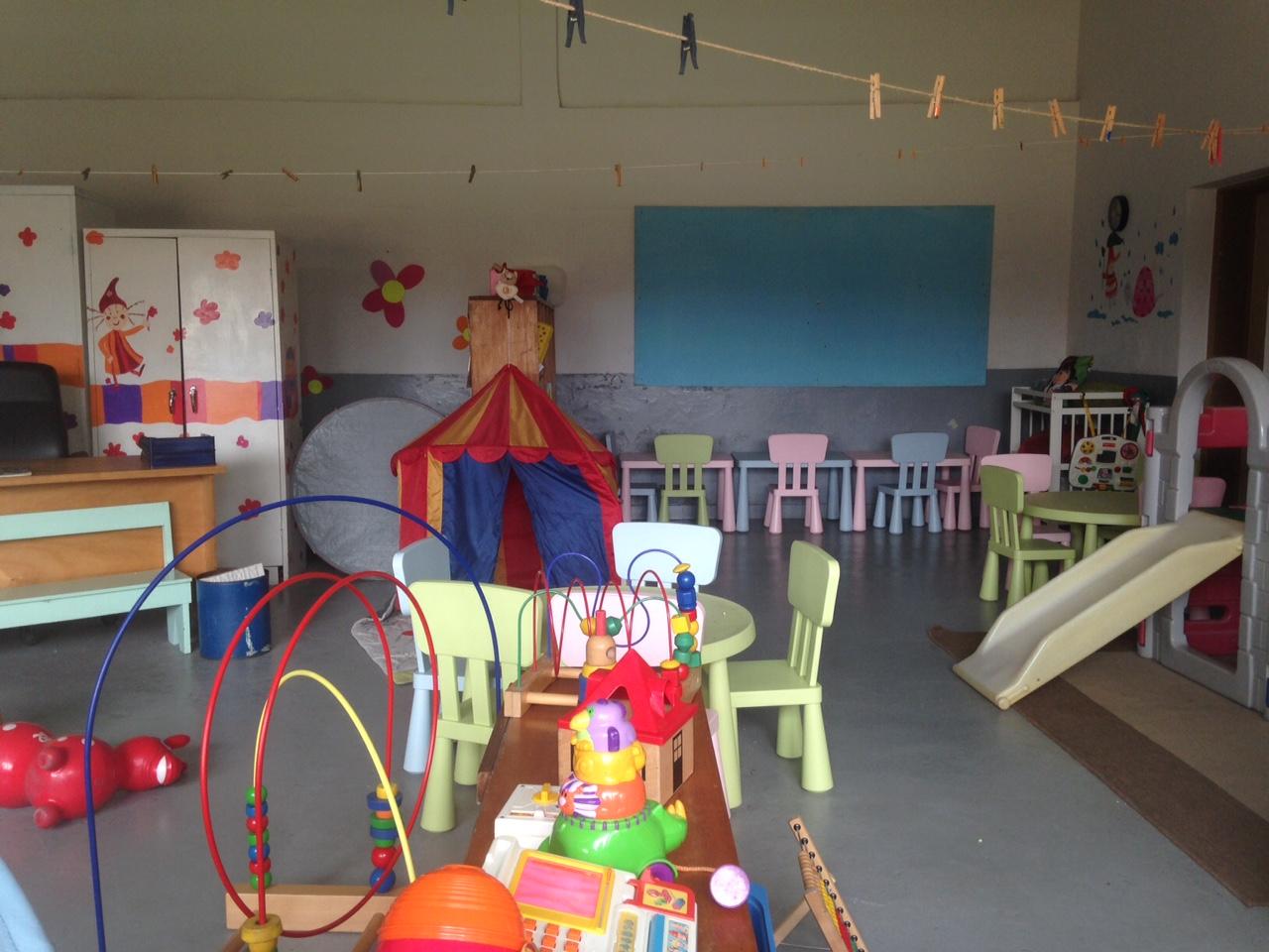 kinder garden crche prince de liege belgium school - Kinder Garden